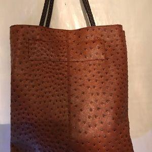 Handbags - Textured Pocketbook